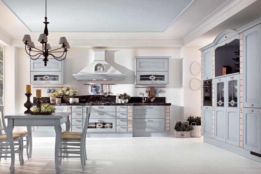 Cucine Classiche  Arredare In Uzzano - Soluzioni Arredamento